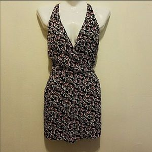 EUC Express Romper size 10 with pockets